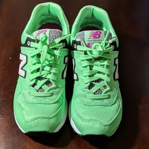 New Balance 574 Sneakers Size 6